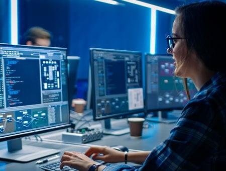 tecnologia-de-informacion-concentracion-en-seguridad-de-la-informacion_mobile